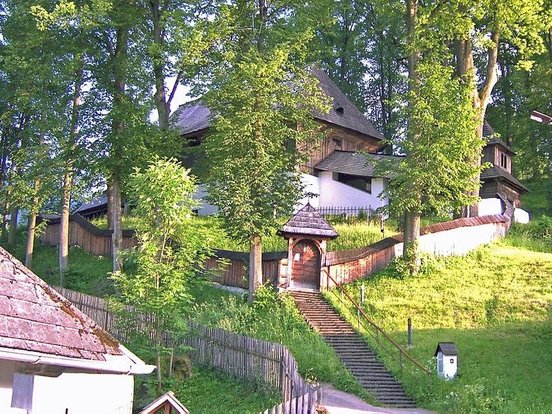 Obec Leštiny a jej evanjelický kostol