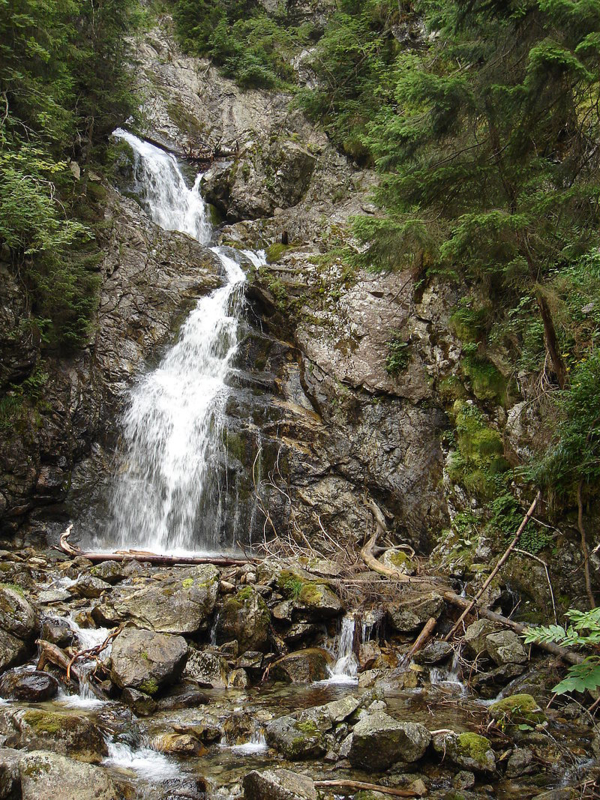 kmetov-vodopad-najvyssi-vodopad-na-slovensku